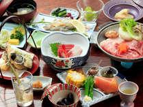 ベテラン女将が作る昔ながらの家庭料理、旬菜や地物を丁寧に調理した夕膳+上州牛(一例)