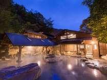 仙人風呂は大と小が日替わりです。