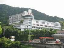 川上峡温泉 ホテル龍登園