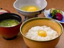 贅沢朝ごはんの一品!こだわりの卵とお米とだし醤油で楽しむ絶品卵かけごはん