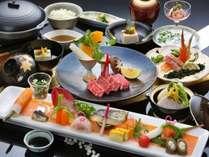 とろける霜降り佐賀牛の陶板焼きをメインにしたハイグレードな会席料理の一例