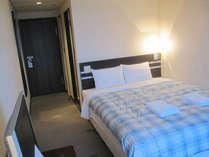 ■客室:シングル15平米。ベッド幅は120cm幅とゆったりセミダブルサイズ♪