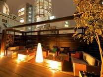 ■屋上ガーデン(夜)