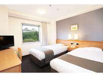 ツインルーム15㎡★シモンズベッド・テンピュール枕★和歌山城がご覧いただける客室もあります