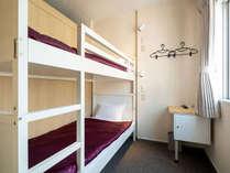 女性専用 L-キャビン。女性お二人で泊まるな2段ベッドタイプのキャビンがおすすめです