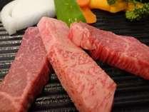 契約牧場産最高級黒毛和種『みかわ牛』ステーキ※一例