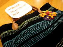 【はた織り】はた織りの体験も可能です(事前要予約)