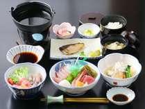 《平日限定》富山湾の春の味覚を味わう『ホタルイカ』×『氷見牛しゃぶしゃぶ』などよくばり御膳・1泊2食付