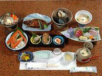 1泊2食付◆天然温泉・黒湯を満喫×御宿の新鮮海の幸