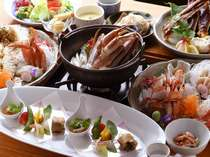 本館 炭火食事処「桑乃木」の蟹コース料理。ボリュームも満点です。