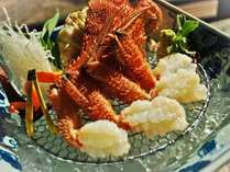 料理長厳選の新鮮な毛蟹をお楽しみください。