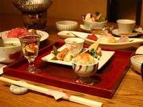 夕食「四季の膳」イメージ2内容は季節により変わります。