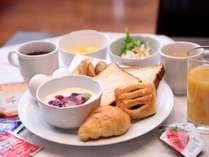 朝食 盛付例