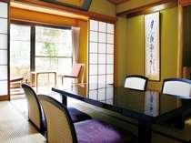 客室・8畳+3畳の広縁側