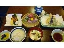 庄やの夕食付きプラン【夕食は全7品の和定食♪】
