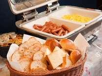 【夏休み】【山の日】【ファミリープラン】朝食付★お子様添寝無料♪【レイトアウト】