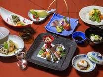 ご夕食の一例。瀬戸内の旬の食材を集めました。
