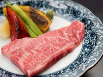*【伊予牛ステーキ】会席料理と相性が良い赤身とサシのバランスが絶妙な愛媛の恵み。増量も承ります