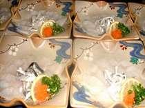 お料理・鮨・フグ料理で超贅沢コース・平日さらにお得