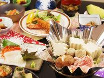 【夕食一例】熱々のお鍋と女将が心を込めて作るお料理は好評判♪