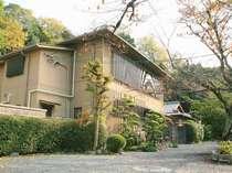 京都東山 さくら山水