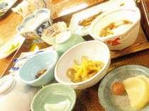 朝食、温泉粥と・・・