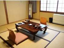 8畳和室一例こちらのタイプのお部屋は2~3名様でご利用いただけます