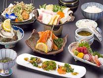*【夕食:和食会席(一例)】新鮮な鮮魚に山の幸など、新潟の恵みをふんだんに取り入れました。