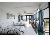 オーシャンビュー4LDK(洋室)130㎡ 定員7名のベッドルームのひとつ