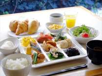 ■朝食和洋バイキング(7時~10時)【こだわりの自家製豆腐など、和洋30種類以上の栄養豊富なバイキング】