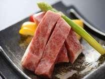 ブランド牛「しまね和牛」は、口の中いっぱいに広がる脂の旨みも絶品♪
