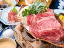 *[夕食一例]山形牛のすき焼き膳。割り下とお肉の旨みが絶妙!新鮮なお野菜や郷土料理も楽しめます。