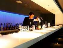 【BARカクテル飲み放題付】20種類以上のカクテルを楽しむ大人旅♪カジュアルフレンチ★11時アウト