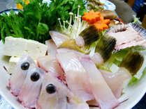 秋から冬にかけて旬魚カワハギの鍋。甘く濃厚な肝も堪能~!★