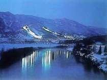 戸狩温泉スキー場ナイターー風景