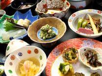 当宿坊で伝わる伝統精進料理を嗜むひととき。