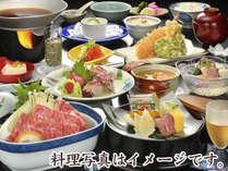2018年夏の基本会席夕食一例(イメージ)。当館1番人気のお料理スタンダードプランです。