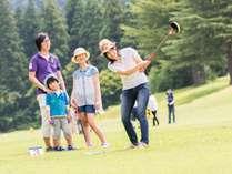 グラウンドゴルフは全32ホール、たくさん遊べます