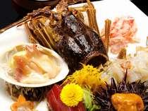 秋田沖で水揚げされた魚介類を新鮮なうちにご堪能いただけます(写真は料理の一例)