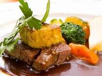 地場の食材を使用した季節感ある料理をお楽しみ下さい(写真は料理の一例)
