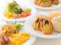 朝食バイキングの洋食料理のイメージです