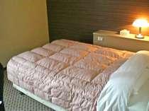 140センチ幅クィーンサイズダブルベッド
