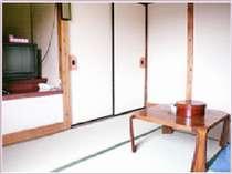 日当たりの良い6畳のお部屋