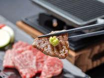 熊野牛の鉄板焼き 熊野牛はお肉の味がしっかりとしていて山葵だけでも美味しさが広がる