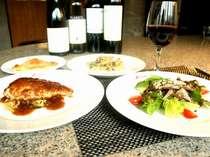 *一皿一皿にシェフのアイデアと素材の持ち味を凝縮したコース料理。