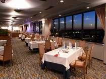 【シービュー】ホテル自慢の、12階スカイレストラン♪本格フレンチをお召し上がりいただけます♪