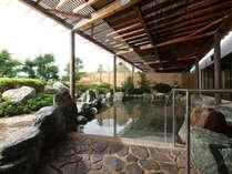 【露天風呂】昼間は14時からご入浴可能となっております!時間を合わせると1番風呂も♪