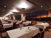 【シービュー】落ち着いた雰囲気のフランス料理のレストランです。夏には花火が見れるかも!?