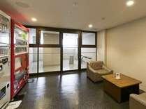 【グランデフロア】リニューアル2年目の階層です☆お部屋が禁煙の為、喫煙室を作りました(-。-)y-゜゜
