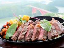 【バイキング】牛肉のステーキ♪バイキングだけどステーキでちょっと贅沢に…♪(写真はイメージです)